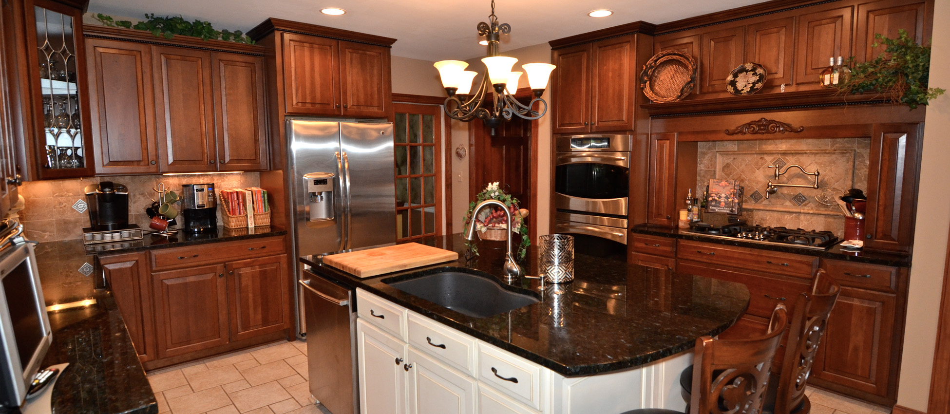 Louisville ky remodel contractor for Kitchen remodeling louisville ky